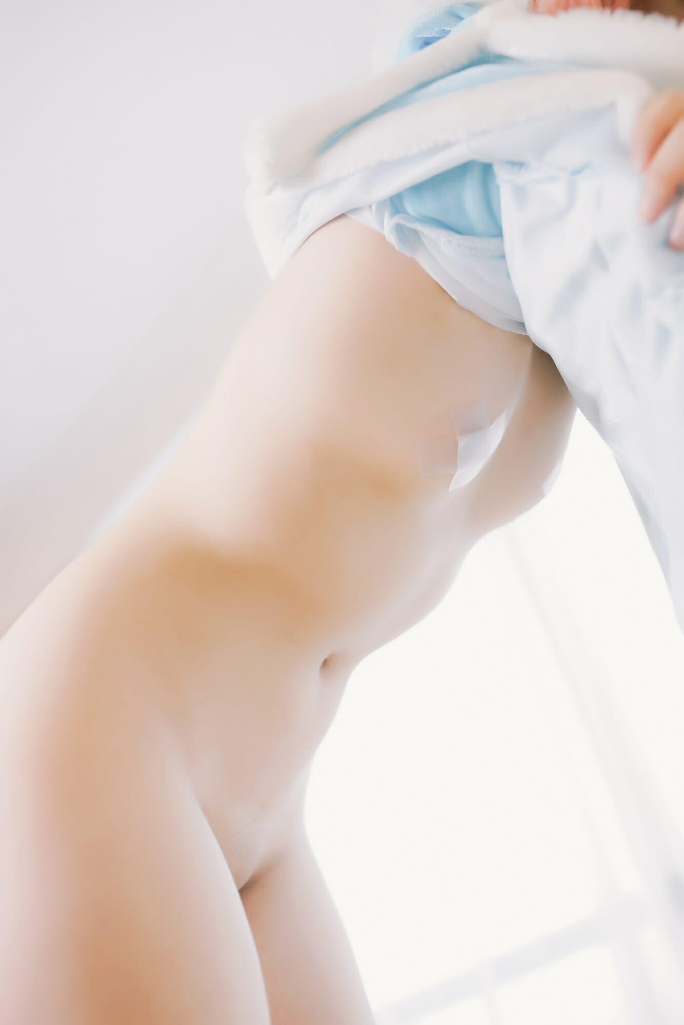 少女映画-冰霜烈焰·安妮
