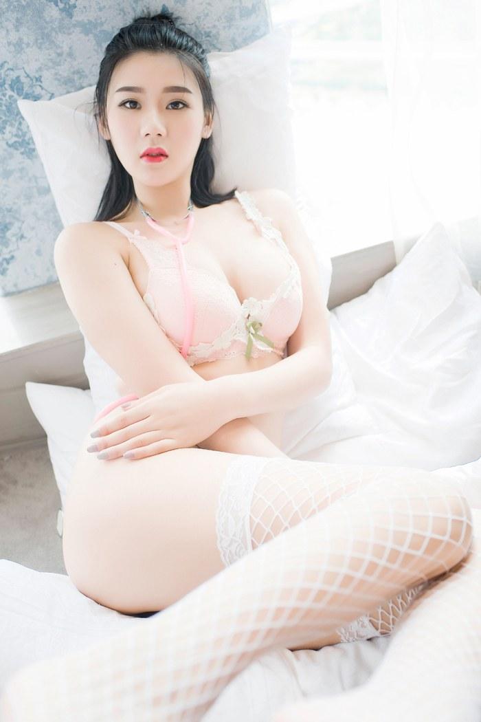 颜值女神悠涵白网袜酥胸翘臀秀美腿火辣身材