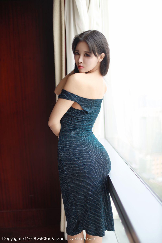 性感长裙丽质佳人韩秀冉半裸极致诱人